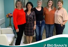 Equipe técnico-administrativa do Hospital Dona Helena visita BIO SANA'S