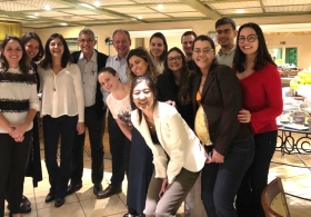 Equipe médica de Hematologia e transplante de medula óssea da BIO SANA`S e IBCC se reuniu na noite de 19/04/2018 com o Professor Angelo Maiolino da UFRJ (Universidade Federal do Rio de Janeiro) para discussão sobre Mieloma Múltiplo